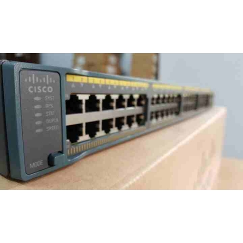 Switch Cisco WS-C2960+48TC-L