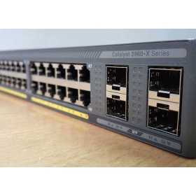 Switch Cisco WS-C2960X-48FPD-L