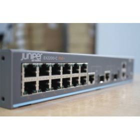 Switch Juniper EX2200-C-12P-2G