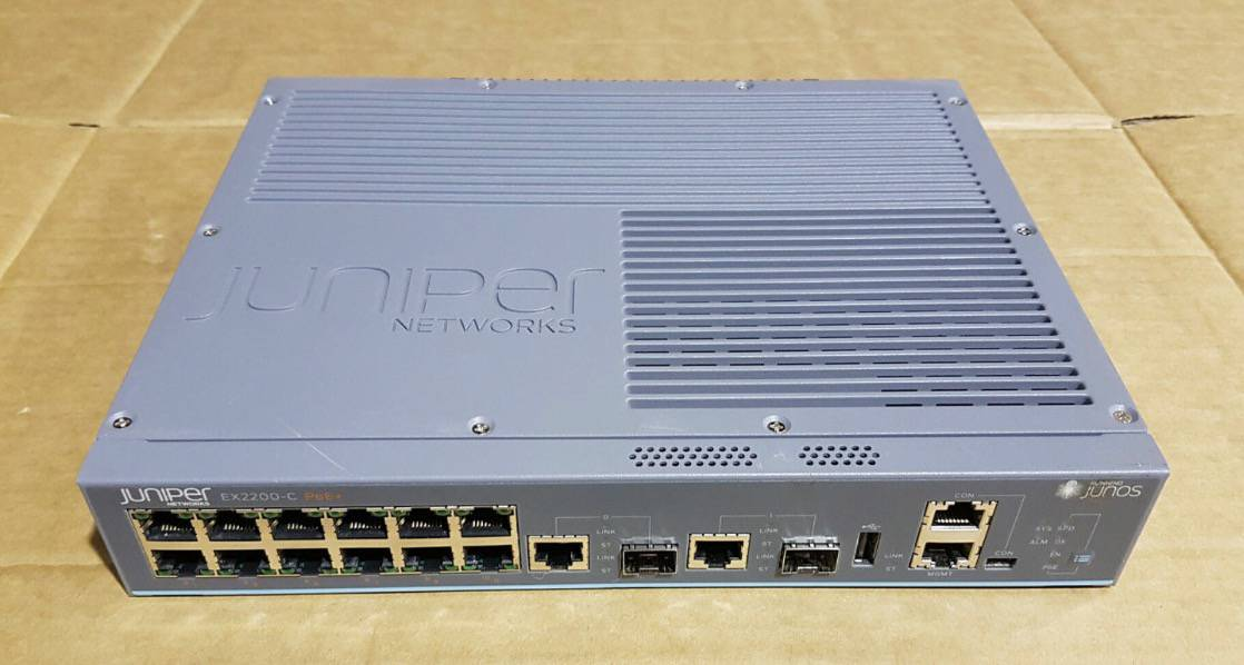 Switch PoE 12 cổng 10/100/1000