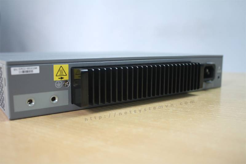 Giá Switch Juniper EX2200-C